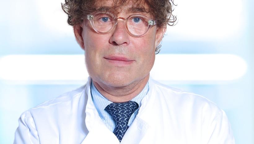 Drs. Fr. de Mari – Dermatoloog, venereoloog, fleboloog, dermatochirurg, cosmetisch arts