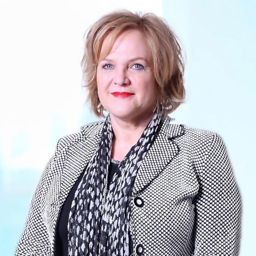 Yvonne  –  P.A./planner /secr. drs. Fr. de Mari