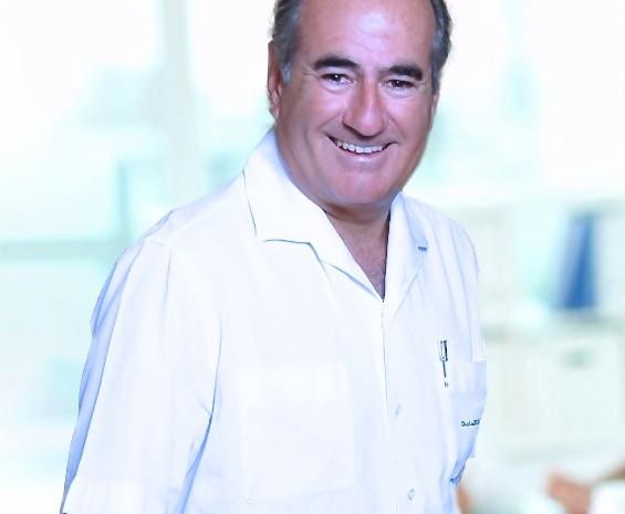 Dr. J.de Benito  –  Plastisch Chirurg