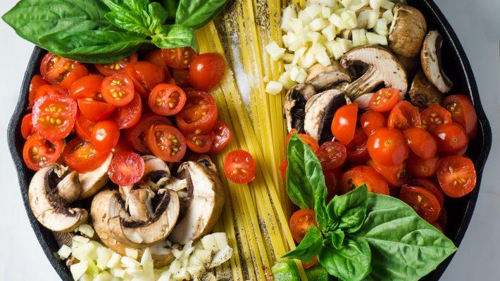 Eet eens een dag geen vlees: Goed voor je hart & huid!